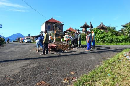Pemanfaatan Dana BKK Desa Gobleg, 5 bangunan diperbaiki