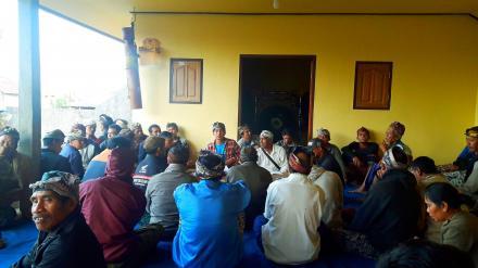 Paruman Rutin Tempek Karya Jati Banjar Dinas Asah
