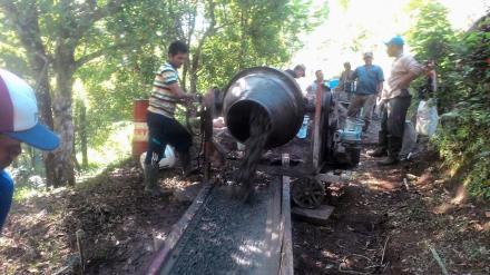 Proyek Rabat Beton Jalan Modong mulai dikerjakan
