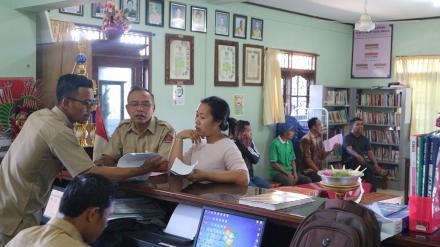 Jelang Pelaksanaan Pelayanan Administrasi Kependudukan, Masyarakat mulai Lengkapi Persyaratan